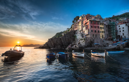 A Riomaggiore Sunset - (Cinque Terre, Italy) photo by blame_the_monkey
