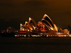 Sydney Opera House at Night photo by Andrew from Sydney