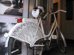 Knitted bicycle, Tallinn photo by wingedthing