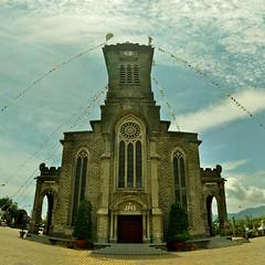 Nhà thờ Núi (Mountain Church/Stone Church) photo by Khánh Hmoong