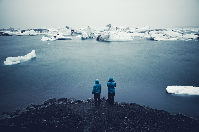 A Swan Song For Icebergs photo by Rasmus Hartikainen
