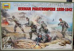 """ZVEZDA """"3628 GERMAN PARATROOPERS 1939-1942"""" -1"""