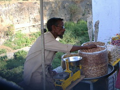 peanut seller, Panchakki