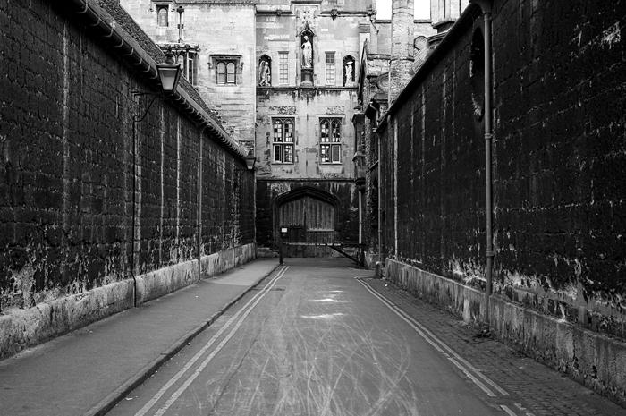 Oxford 3 :: Click for previous photo