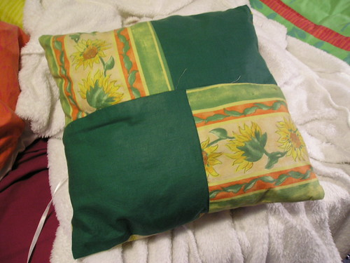 Sewing: Sunflower Cushion (front)