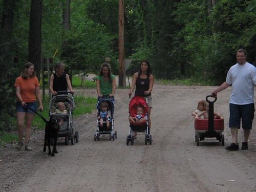 family_walk_1