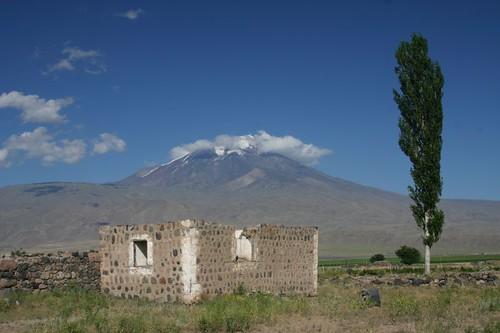 Mount Ararat - 5137 m