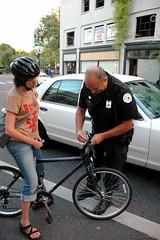 Police to discontinue free bike light program - BikePortland org