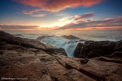 Waterfall on a seascape photo by Descliks2bretagne PHOTOGRAPHIE