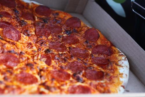Longo's Pizza