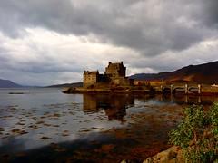 Eilean Donan Castle, Scotland. photo by Bearded iris.