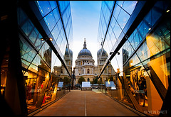 London - St. Paul's Cathedral | One New Change photo by Yen Baet