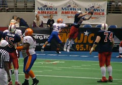 Keith Recker stretches out for his second TD catch, a 10-yarder.  Evansville Bluecats 33 @ Fort Wayne Freedom 31, May 20, 2006  Evansville Bluecats 33 @ Fort Wayne Freedom 31, May 20, 2006