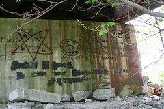 Bridge graffiti 2