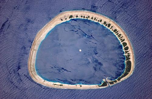 Nukuoro Atoll - ISS013-E-28610_lrg