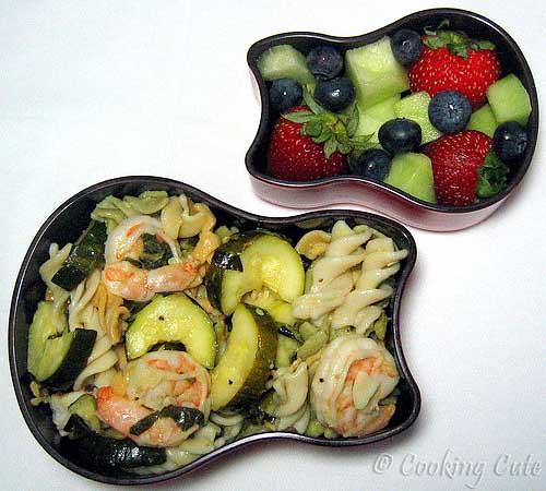 [bento with shrimp pasta and fruit]