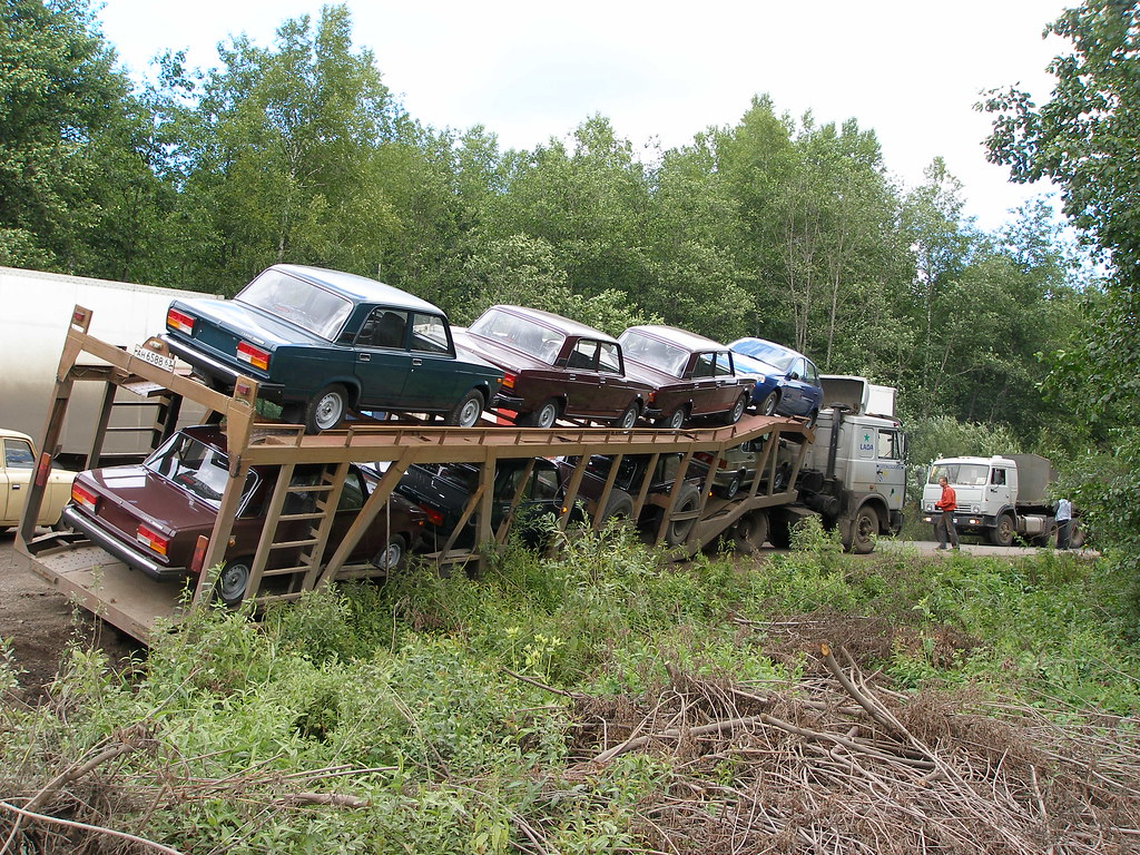 Lorry with problems on the road to Perm