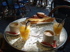 Un petit déjeuner typiquement Français