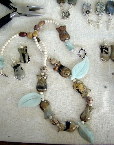 Artistic Jasper Tulip Bead Pieces8