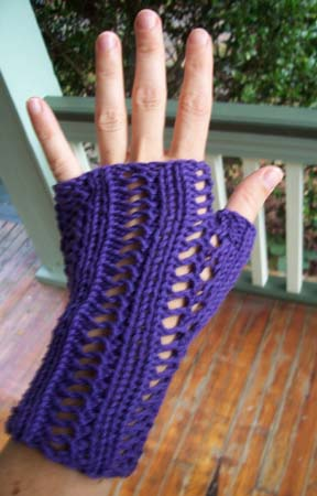 f. pea: free pattern friday: raging fingerless gloves