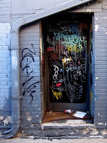 Uptown Graffiti 4472