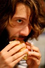 Pete eats