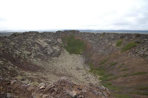 Volcano_crater_@_Eldborg,_Iceland_3.jpg