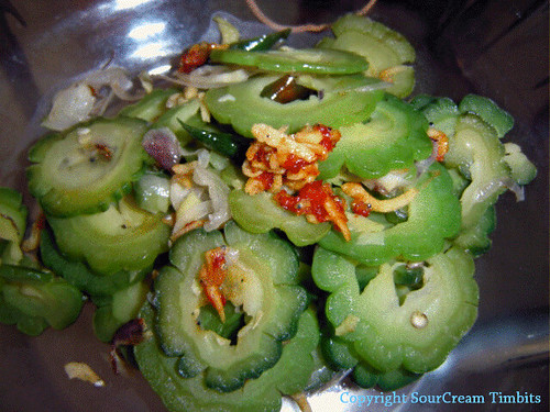 Cah Pare [Sauteed Bitter Gourd]