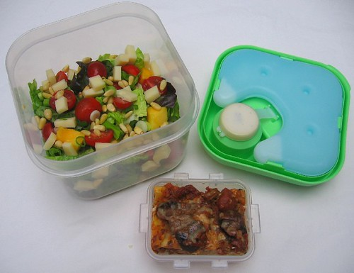 Fit & Fresh salad container lunch (exploded)