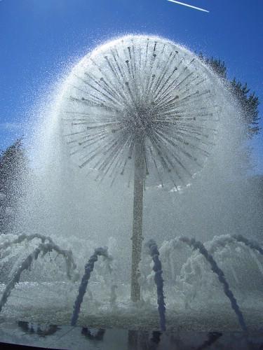 Фонтан Одуванчик \ Dandelion fountain