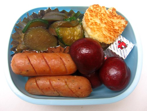 Chicken sausage lunch for toddler お弁当