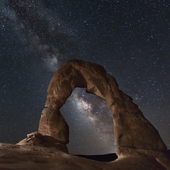 Delicate Arch and the Milky Way photo by Kelly DeLay