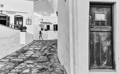 #sifnos dans la ruelle d'Henri Cartier-Bresson