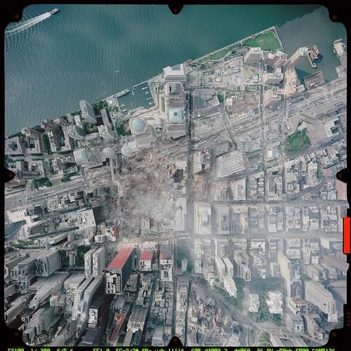 Vista dall'alto della zona danneggiata dai crolli del WTC