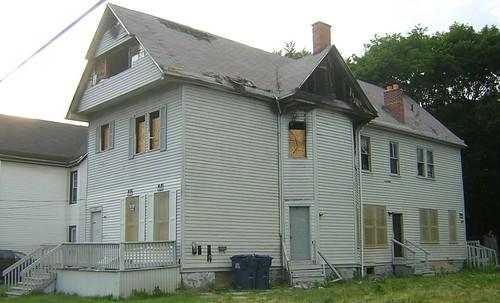 90 Dodge Street - 6/2006