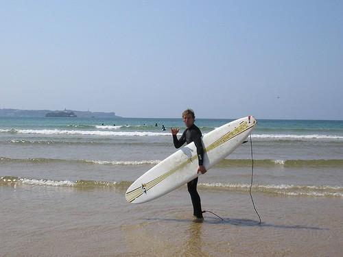 183522094 aa0cc72a5d Paipero debuta sobre longboard  Marketing Digital Surfing Agencia