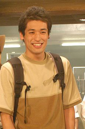 Sato Ryuta as Satomi Kenichi