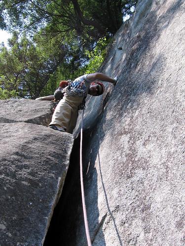 Devo above the narrow chimney on pitch 3