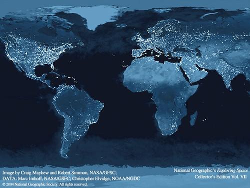 la tierra desde el espacio iluminada