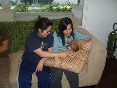 Aunties Kathy and Leng being mean to Gizmo