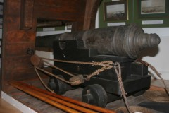 A fully conserved gun from the wreck.  The carriage and other timbers are modern reconstructions.