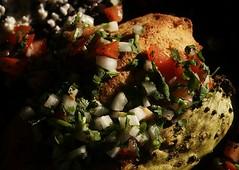 Tamales de Guajolote en Nopales