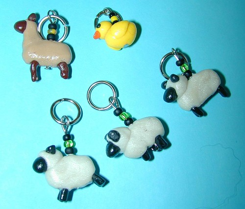 Mouse's stitch markers