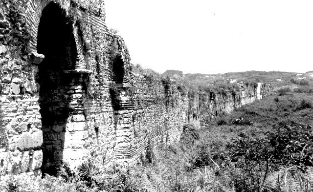 Nicopolis, view of the walls
