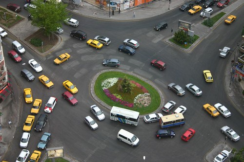Traffic crowds, Ankara rush our...(24hrs a day?)