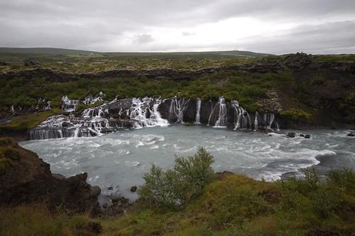 River,_falls_@_Barnafoss,_Iceland_5.jpg