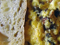 Scrambled eggs with morels, toast