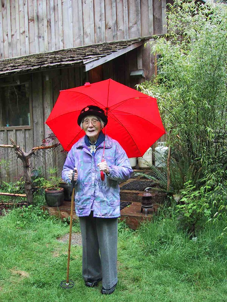 Ruth's mom with a red umbrella, closer view