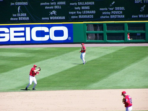 Harris makes the catch