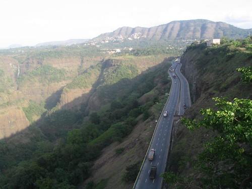 pune mumbai expressway